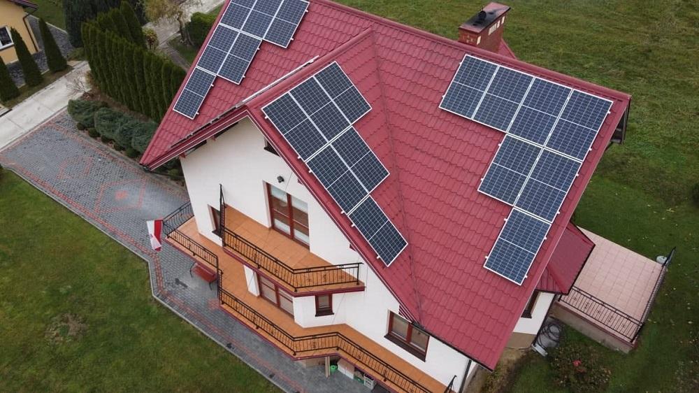 Rodzaj dachu, ainstalacja fotowoltaiczna.